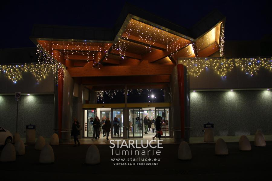 Emisfero_centro commerciale: luminarie- anno 2017
